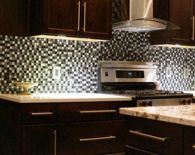 варианты отделки стены на кухне