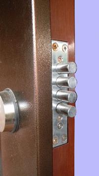 Как поменять замок в двери 183