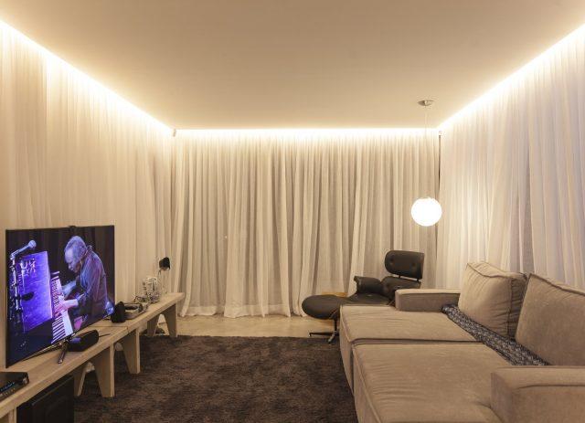 потолок натяжной с подсветкой