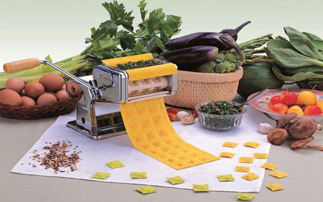 Кухонный гаджет для приготовления пельменей