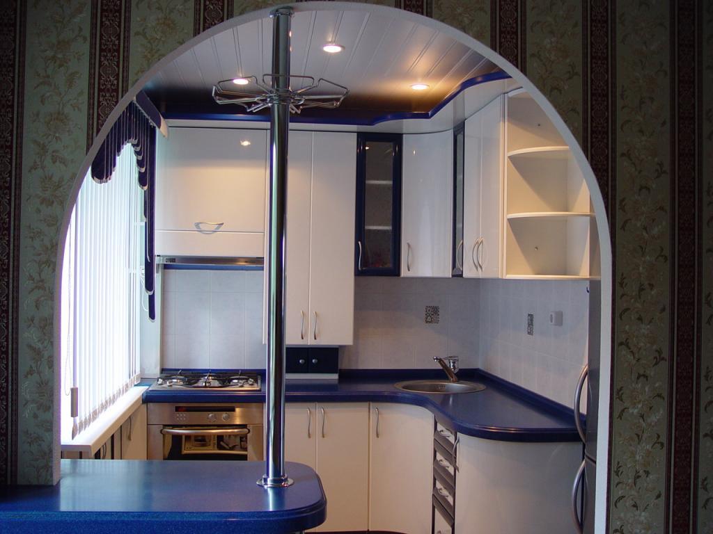 Маленькая кухня дизайн фото с барной стойкой