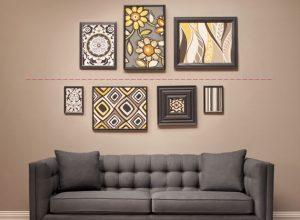 Как расположить картины на стене?