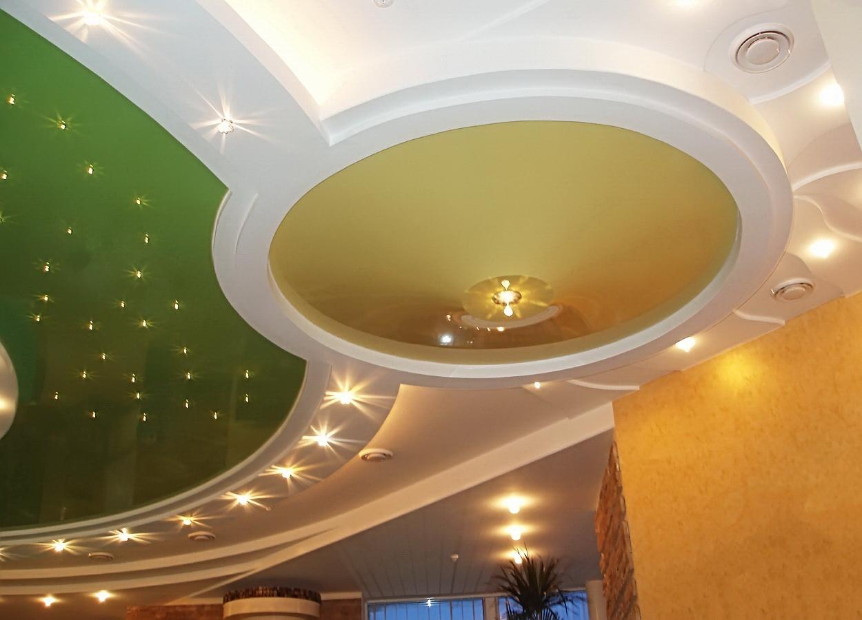 Как можно украсить потолки
