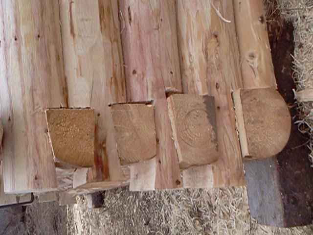 Стоимость сбора бани из старых бревен